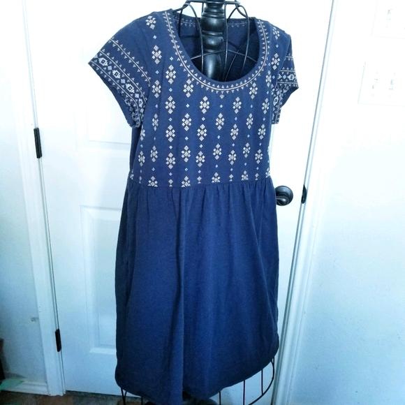 Garnet Hill navy embroidery top